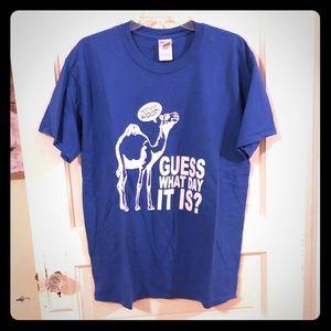 Gildan Hump Day camel t-shirt, light and comfy EUC